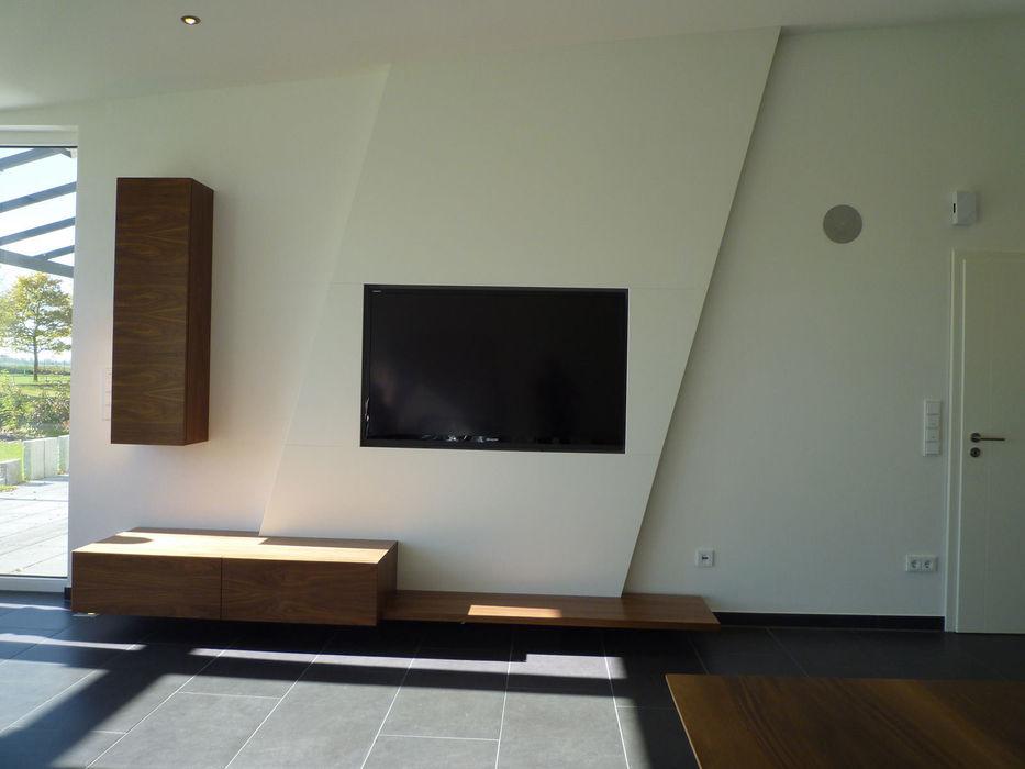 teamlutzenberger ВітальняПідставки для телевізорів та шафи