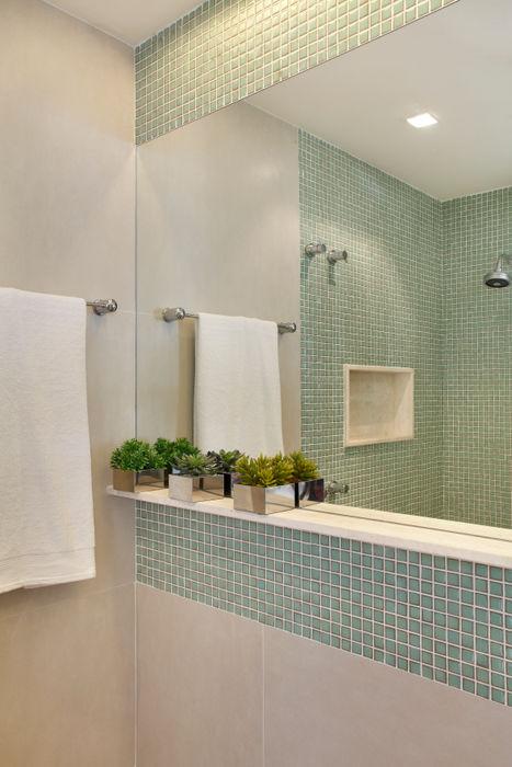 Cobertura Jardim Oceânico Carolina Mendonça Projetos de Arquitetura e Interiores LTDA Banheiros modernos