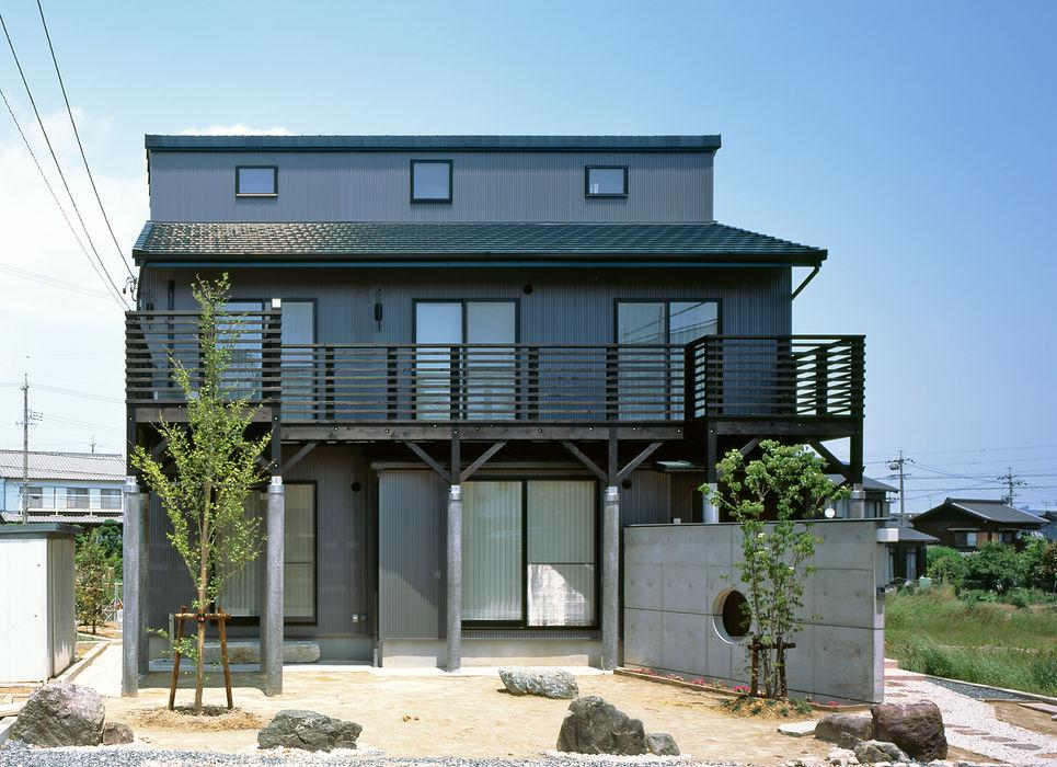 小栗建築設計室 Modern Terrace