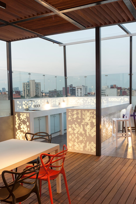 Roof Garden Heriberto Frias STUDIO COCOONS Balcones y terrazas minimalistas