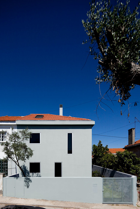 Casa na Ajuda EXTRASTUDIO Casas mediterrânicas