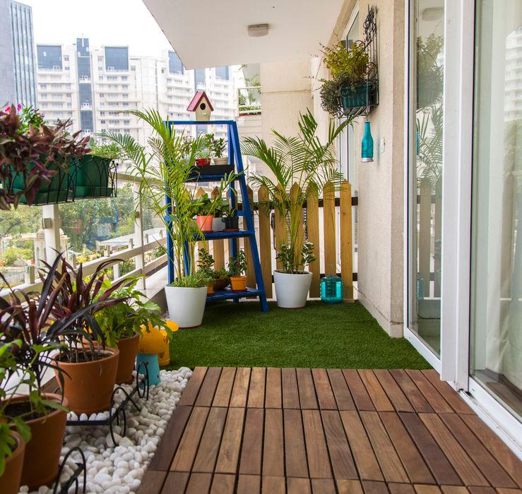 Studio Earthbox Balkon, Beranda & Teras Gaya Country
