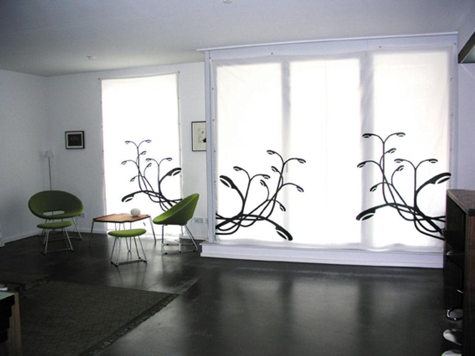 Vorhang: Großstadtpflanze s.wert design Moderne Wohnzimmer Weiß