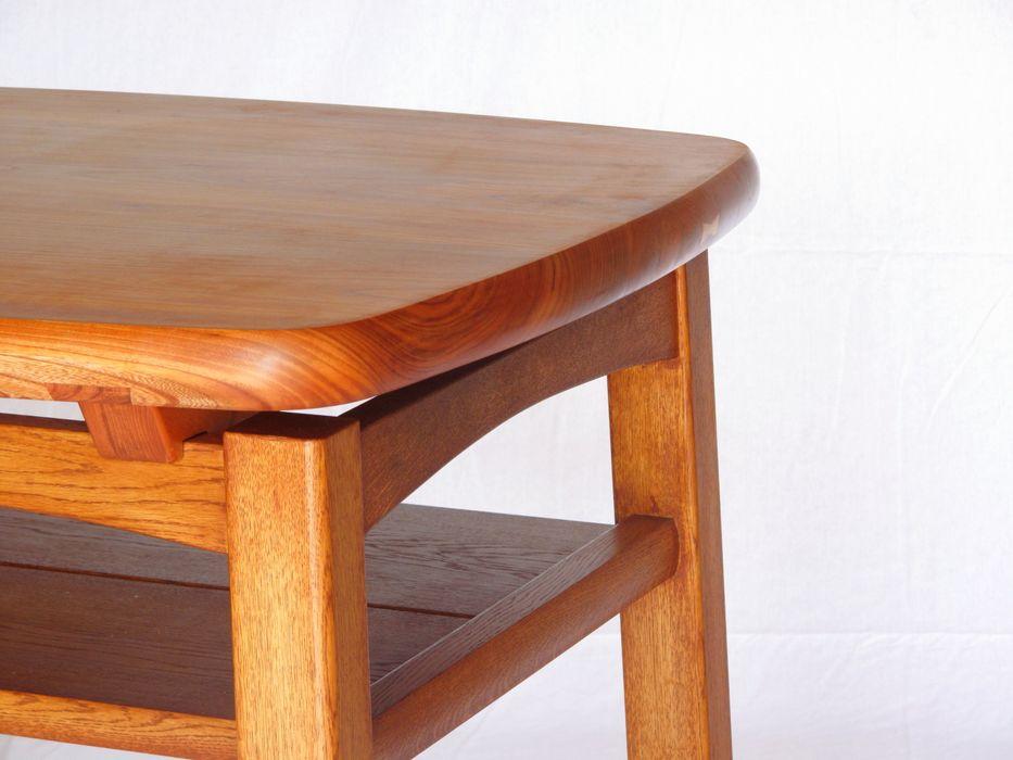 欅のテーブル 木の家具 quiet furniture of wood 多目的室家具 木