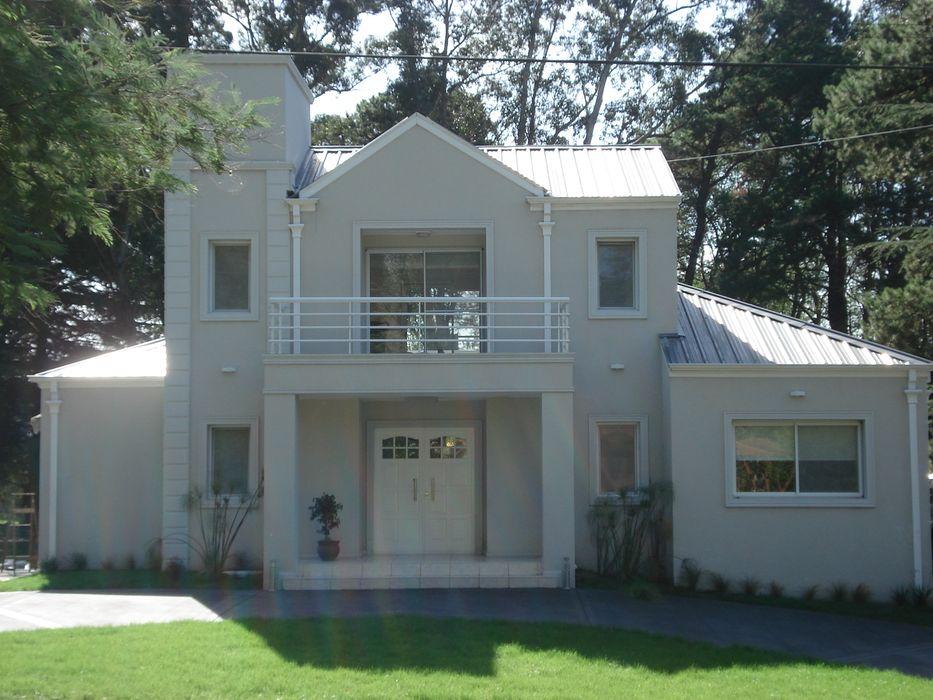 Vivienda Unifamiliar en Sierra de los Padres Estudio Arquitectura Integral Casas clásicas