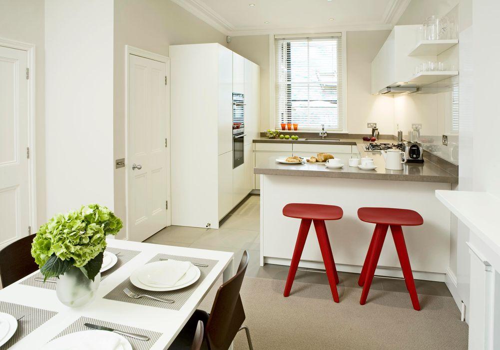 Small U Shaped Kitchen Elan Kitchens Dapur Modern White