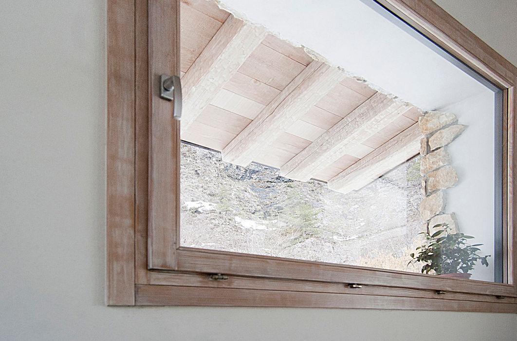 MORO SAS DI GIANNI MORO Вікна