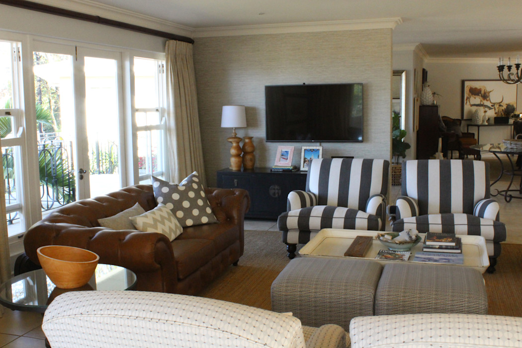 View of the media wall Finely Found It Interiors Living room Solid Wood Grey
