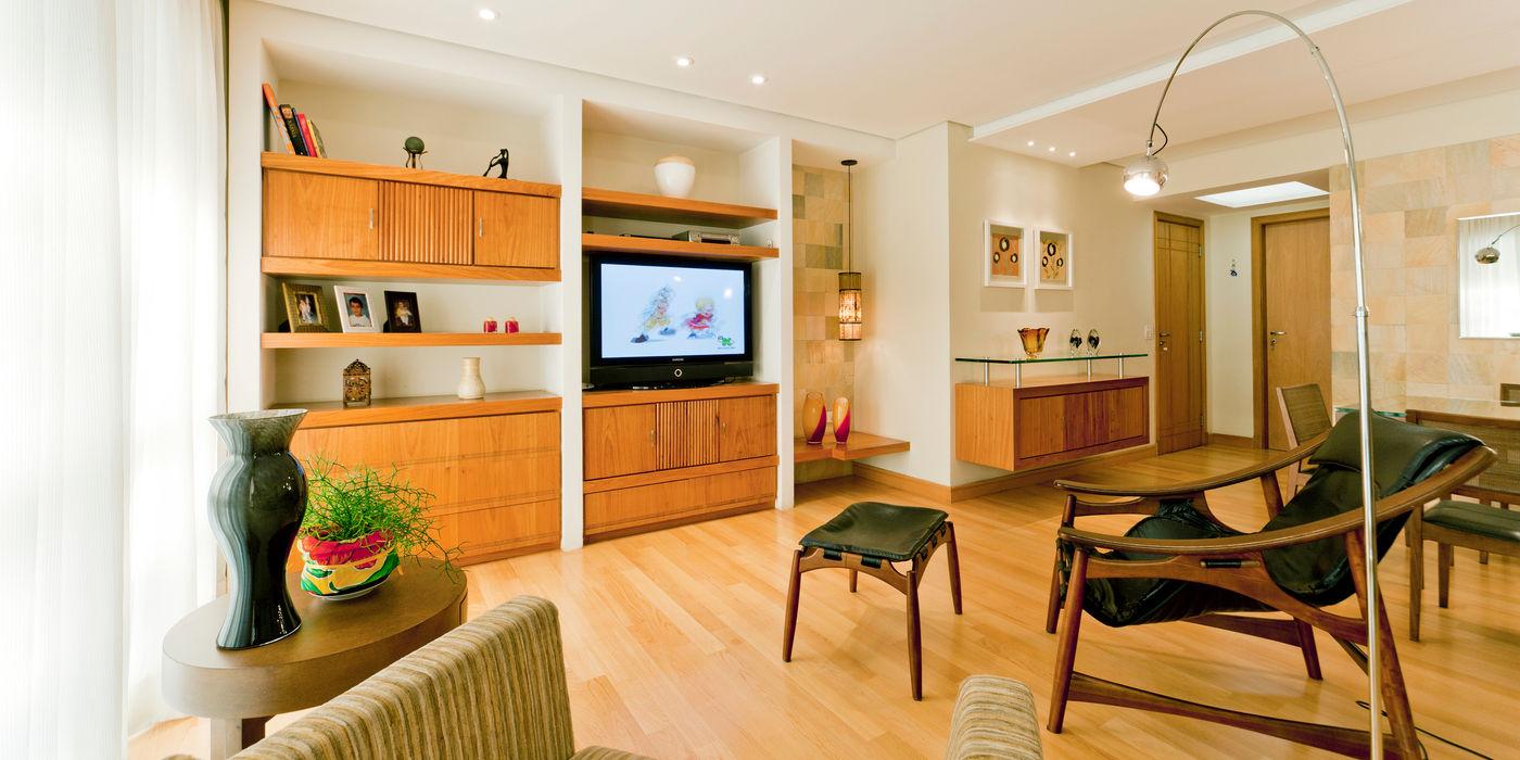 Enzo Sobocinski Arquitetura & Interiores Living room Wood Beige