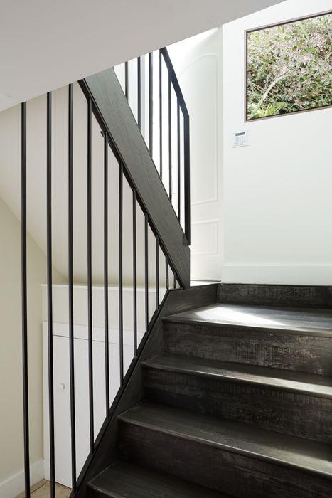 M Monroe Design Koridor & Tangga Gaya Skandinavia