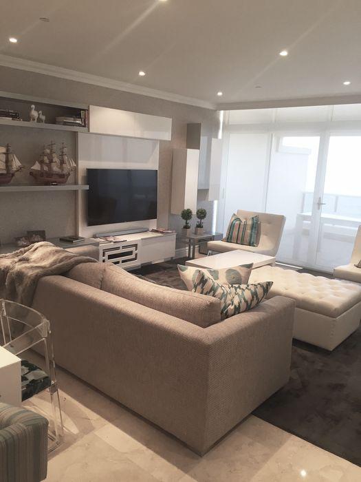 Frans Alexander Interiors Modern Living Room