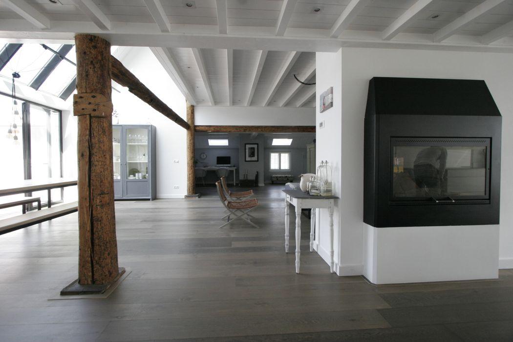 Woonboerderij / Stolpenboerderij Van der Schoot Architecten bv BNA Landelijke woonkamers Hout Wit