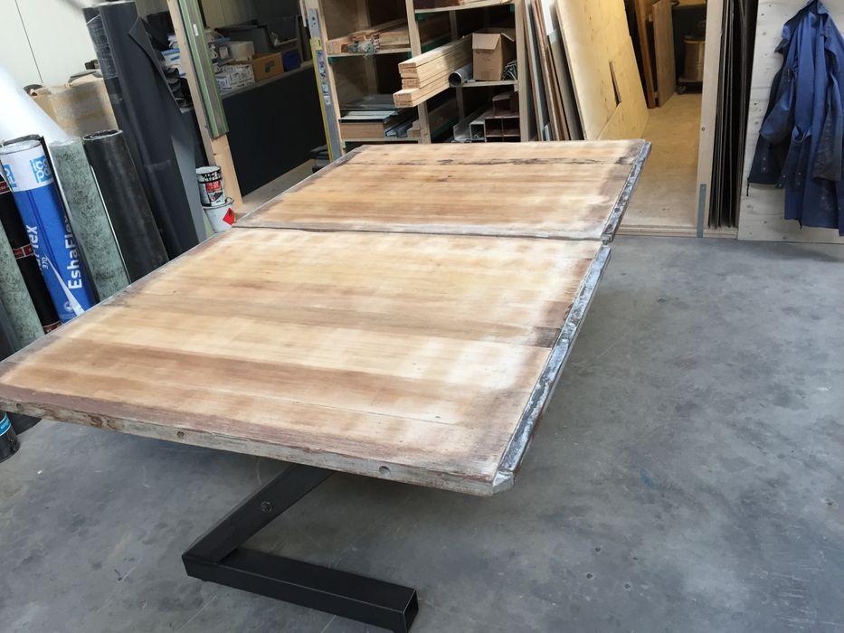 Eettafel. WE-Maatdesign WoonkamerSalon- & bijzettafels Hout Hout