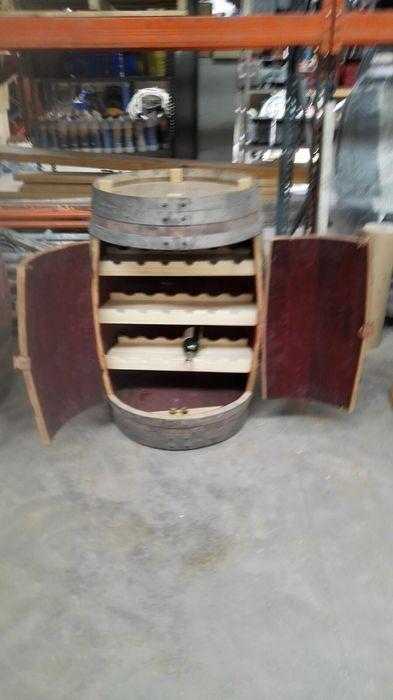 tonel botellero Cooperativa de la madera 'Ntra Sra de Gracia' Bodegas Madera maciza Acabado en madera