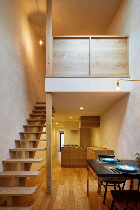 京の町屋 改修 一級建築士事務所 こより モダンデザインの リビング 白色