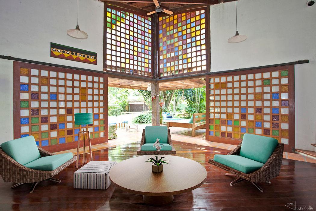 Casa Camburi SET Arquitetura e Construções Salas de estar tropicais