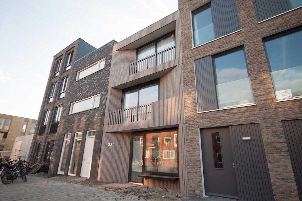 8A Architecten Modern Houses Wood Wood effect