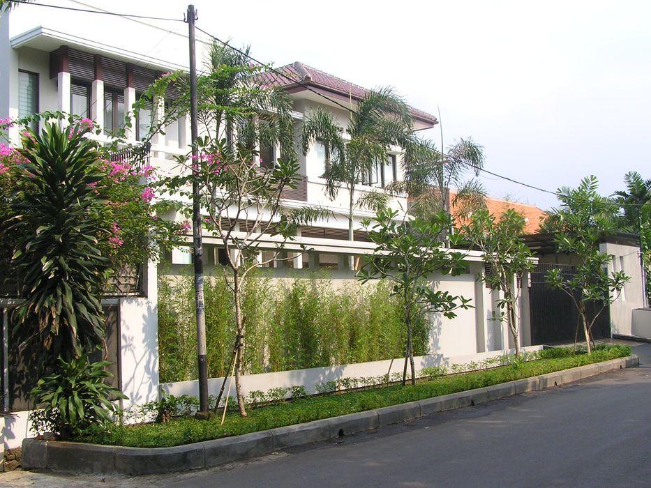 Exterior Evolver Architects