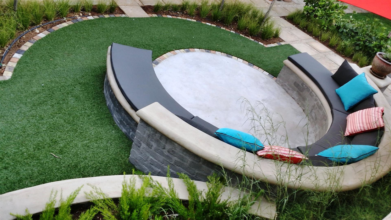 New outdoor room for Pieter and Annelize Gorgeous Gardens Modern Garden