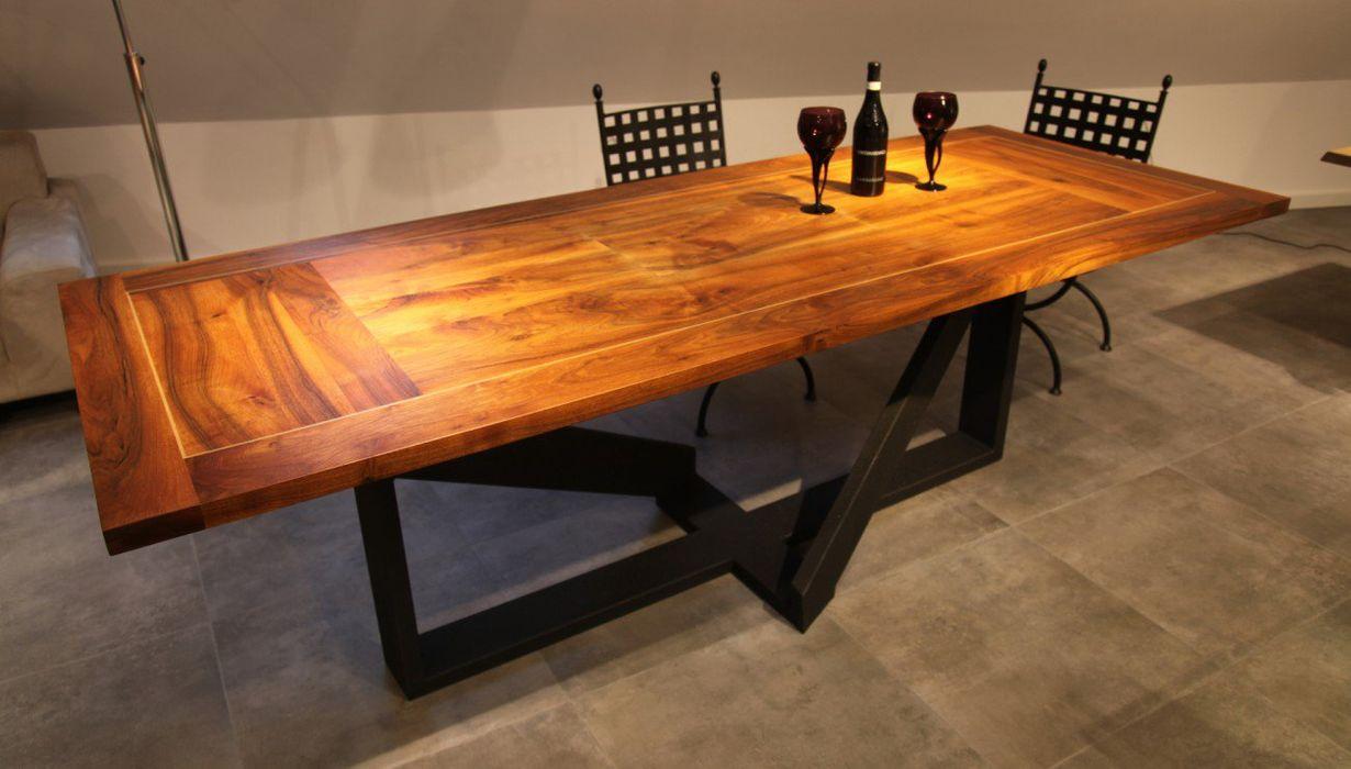 Stół do jadalni Delta z drewna i stali Art-Loft JadalniaStoły Drewno O efekcie drewna