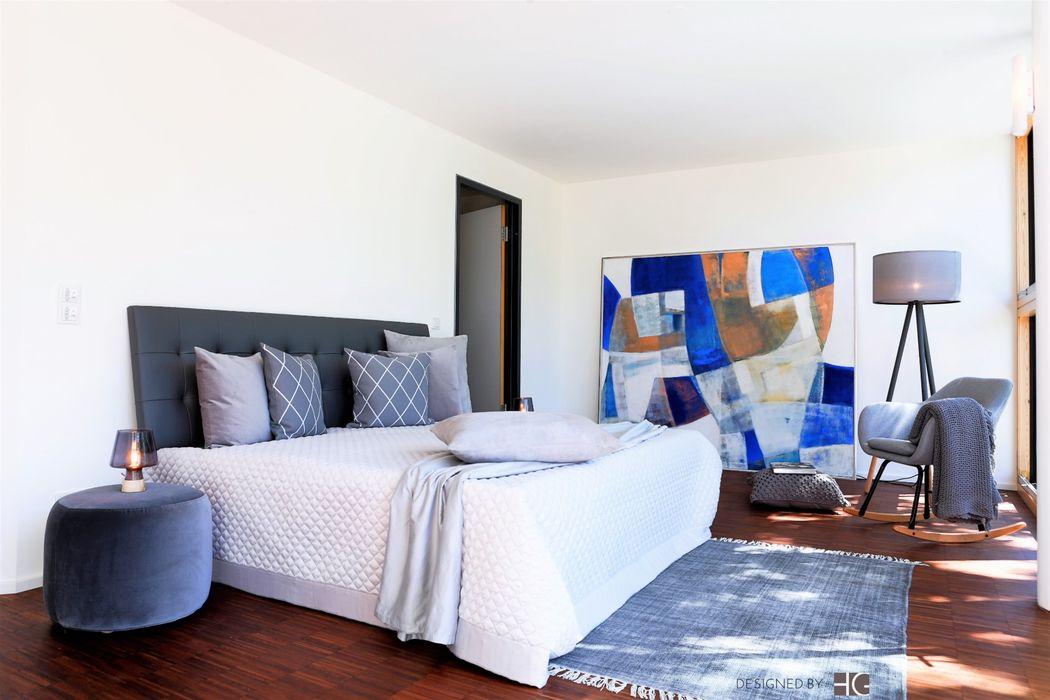 Penthouse - Klassich - Blau-Grau Münchner home staging Agentur GESCHKA Minimalistische Schlafzimmer Grau