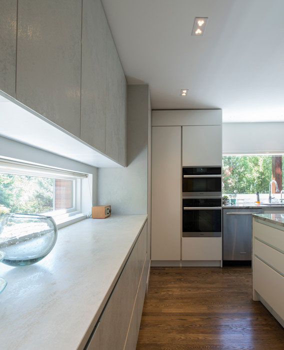 Foxhall Renovation ARCHI-TEXTUAL, PLLC Built-in kitchens