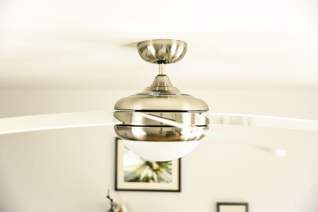 Deckenventilator Makkura Pepeo Chrom gebürstet mit weißen Flügeln, weitere Varianten erhältlich Creoven WohnzimmerBeleuchtung