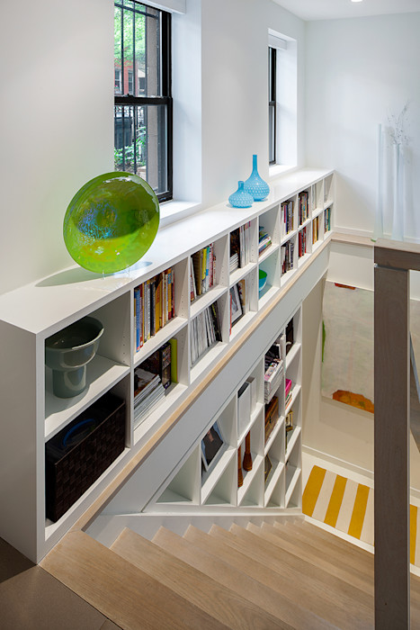 Carroll Gardens Townhouse andretchelistcheffarchitects Modern Corridor, Hallway and Staircase