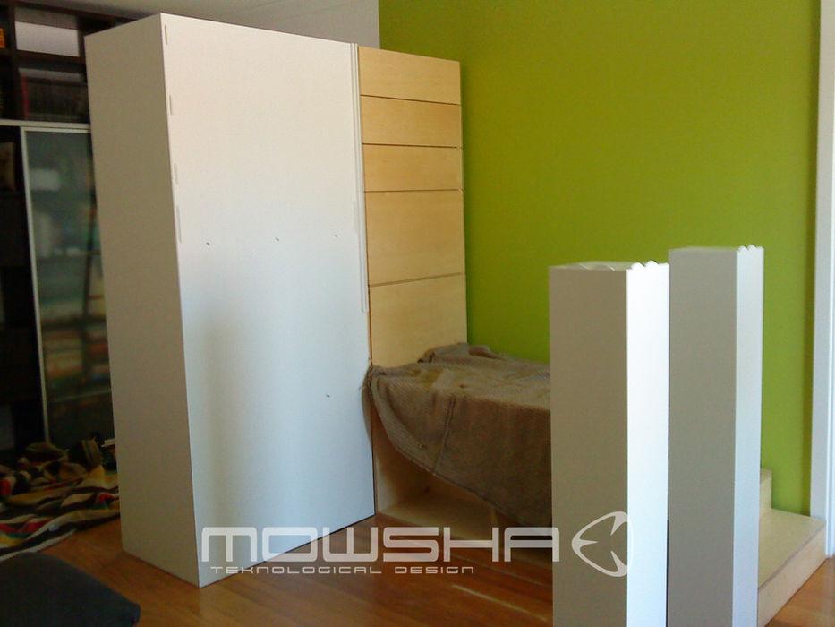 A montagem é feita através de peças individuais e a sua funcionalidade. Mowsha tek Design Lda Berçários
