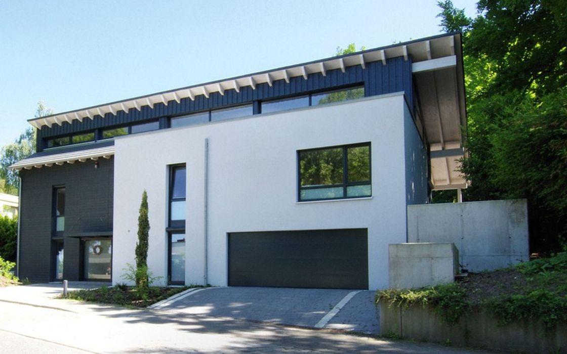 Umbau Haus K, Strassenansicht Architekten Lenzstrasse Dreizehn Einfamilienhaus Holz