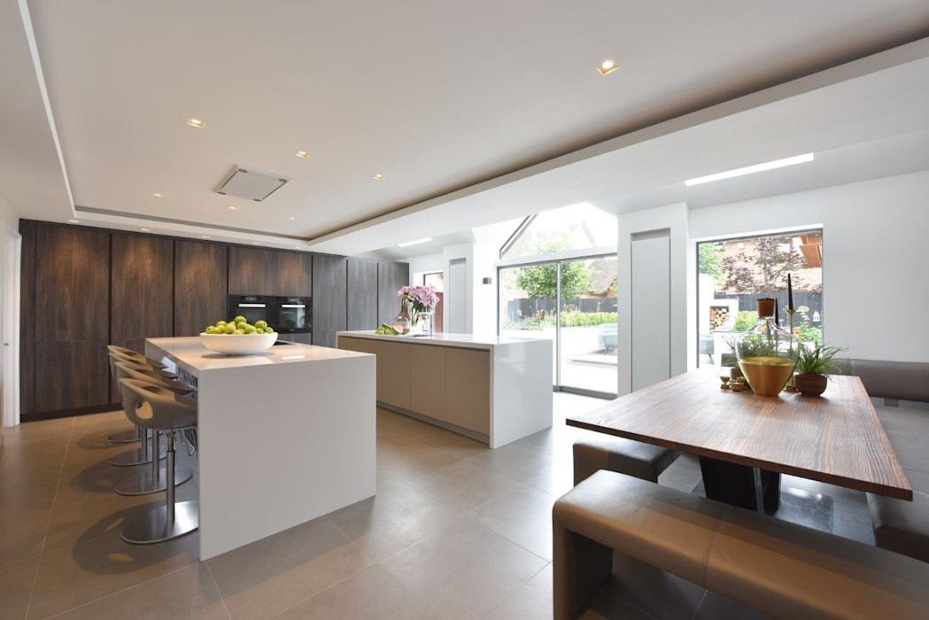 The Horridge Family Kitchen Diane Berry Kitchens Built-in kitchens Grey