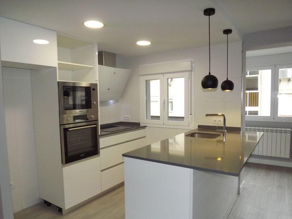 Cocina Almudena Madrid Interiorismo, diseño y decoración de interiores Cocinas integrales