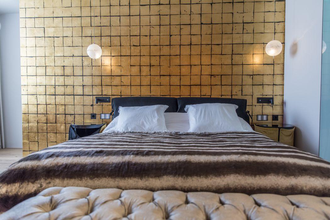 Diseño de interior y reforma en la Eixample de Barcelona Goian Dormitorios de estilo moderno
