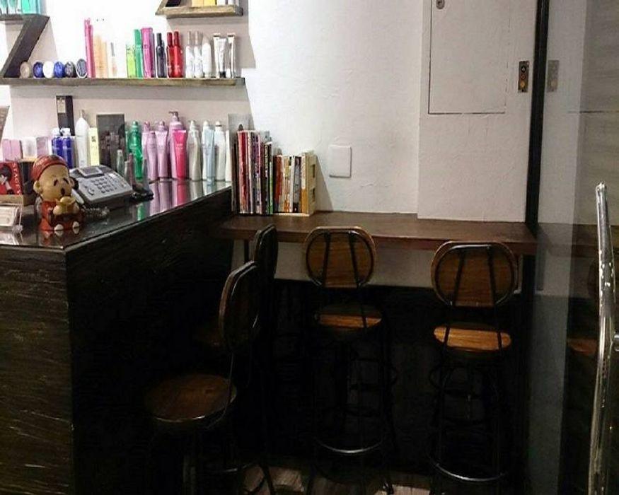 商業髮廊現代風。桃園 藝舍室內裝修設計工程有限公司 商業空間