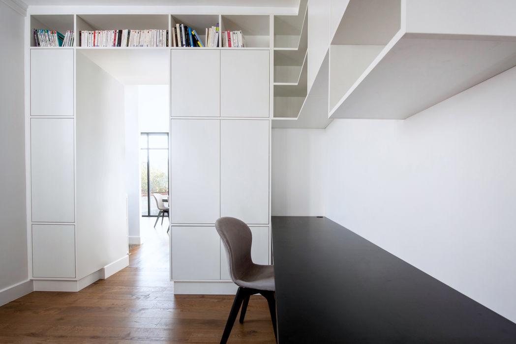 Anne Lapointe Chila Modern study/office