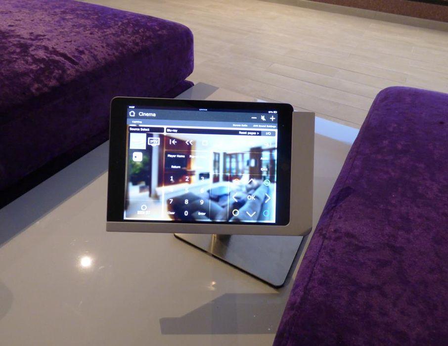 Grande Qualidade em Imagem e Som Projection Dreams / CUSTOM CINEMA 360 LDA Produtos eletrónicos MDF Roxo/violeta