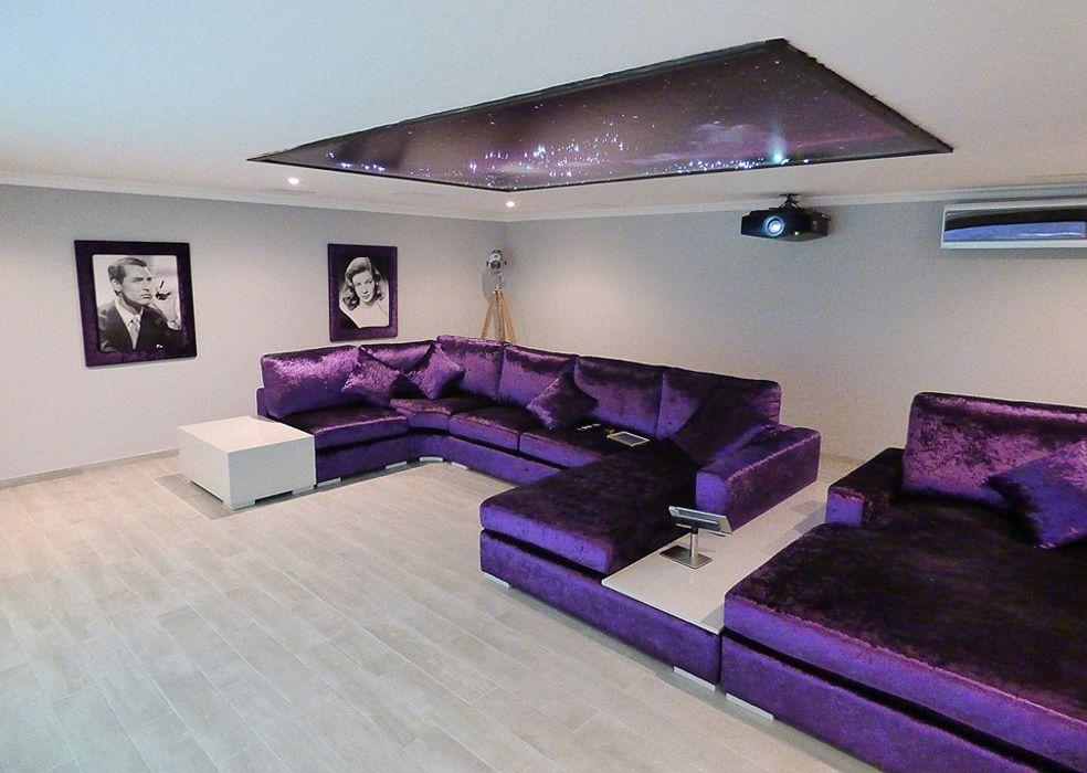 Teto personalizado Projection Dreams / CUSTOM CINEMA 360 LDA Produtos eletrónicos MDF Roxo/violeta