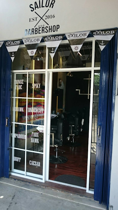 Sailor Barbershop Equator.Architect Ruang Komersial Gaya Mediteran