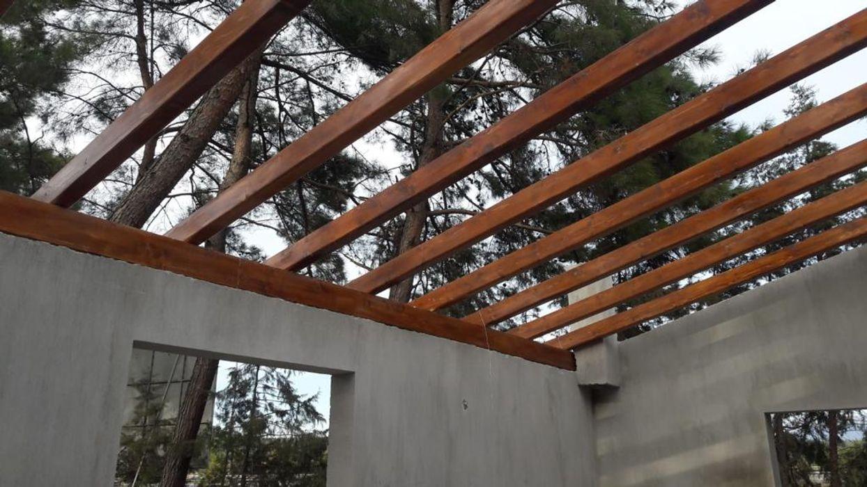 Ahşap çatı taşıyıcı sistemi ASK MİMARLIK İNŞAAT Kırma çatı Ahşap