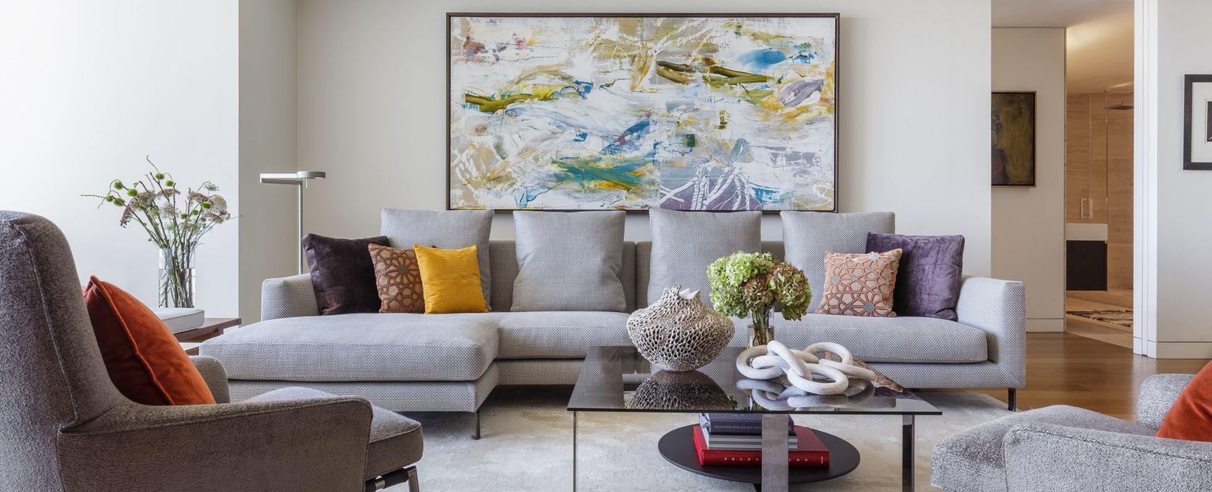Sala gris con acentos de color Tullpu Diseño & Arquitectura Livings modernos: Ideas, imágenes y decoración Gris