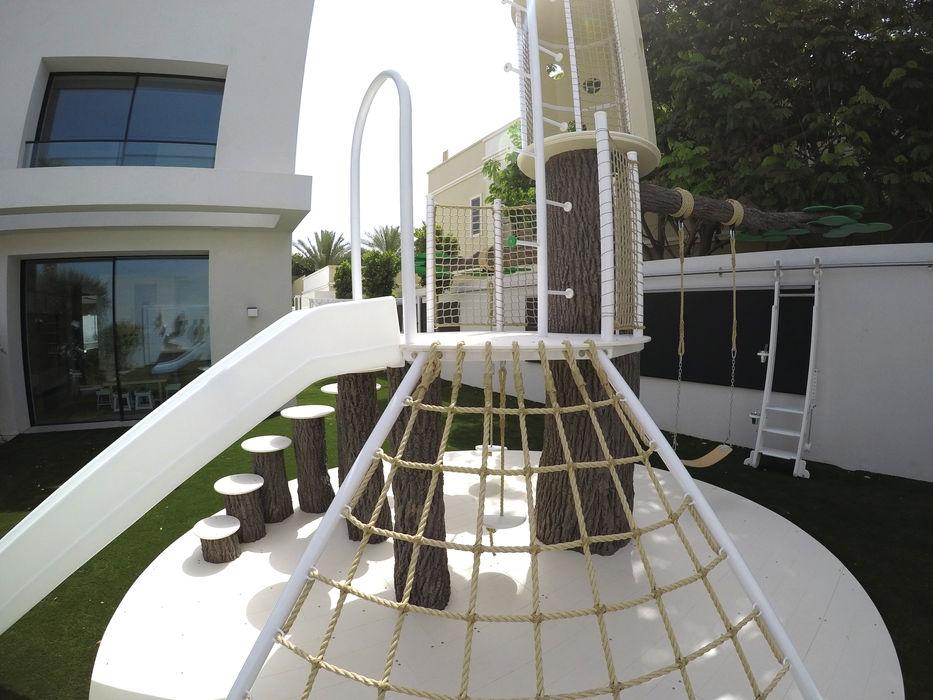 Contemporary Outdoor Playground Adaptiv DC Modern nursery/kids room Metal White