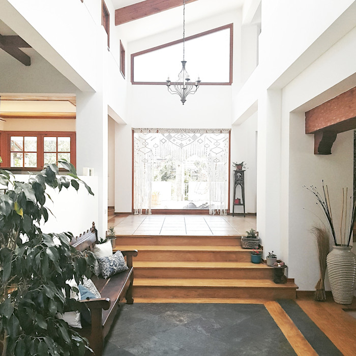 Planells Eclectic style corridor, hallway & stairs