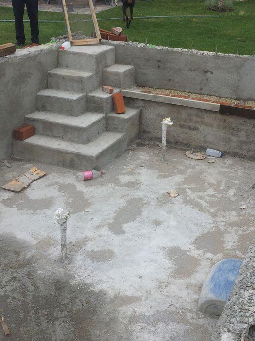 LACR Diseños y Construcciones Modern pool