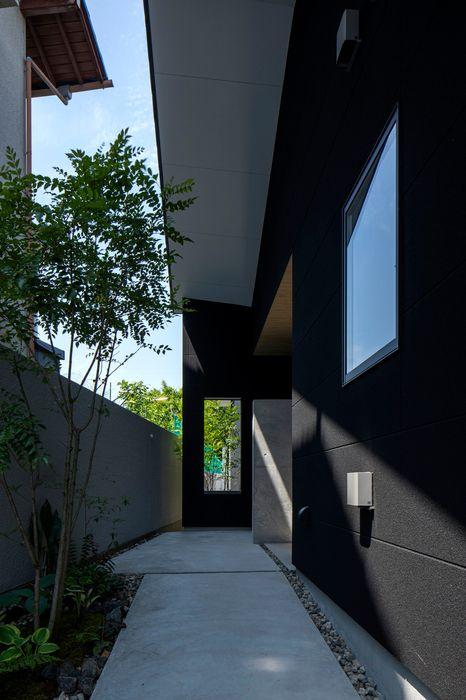 長束の家 有限会社アルキプラス建築事務所 和風の 玄関&廊下&階段