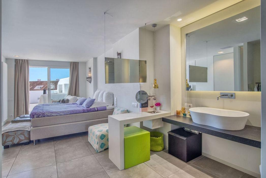 REFORMA DE APARTAMENTO EN NUEVA ANDALUCIA AFD ESTUDIO DE ARQUITECTO Dormitorios pequeños