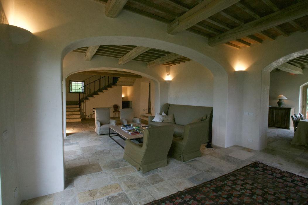 Restauro di una colonica in Chianti Studio Architetto Pontello Soggiorno rurale