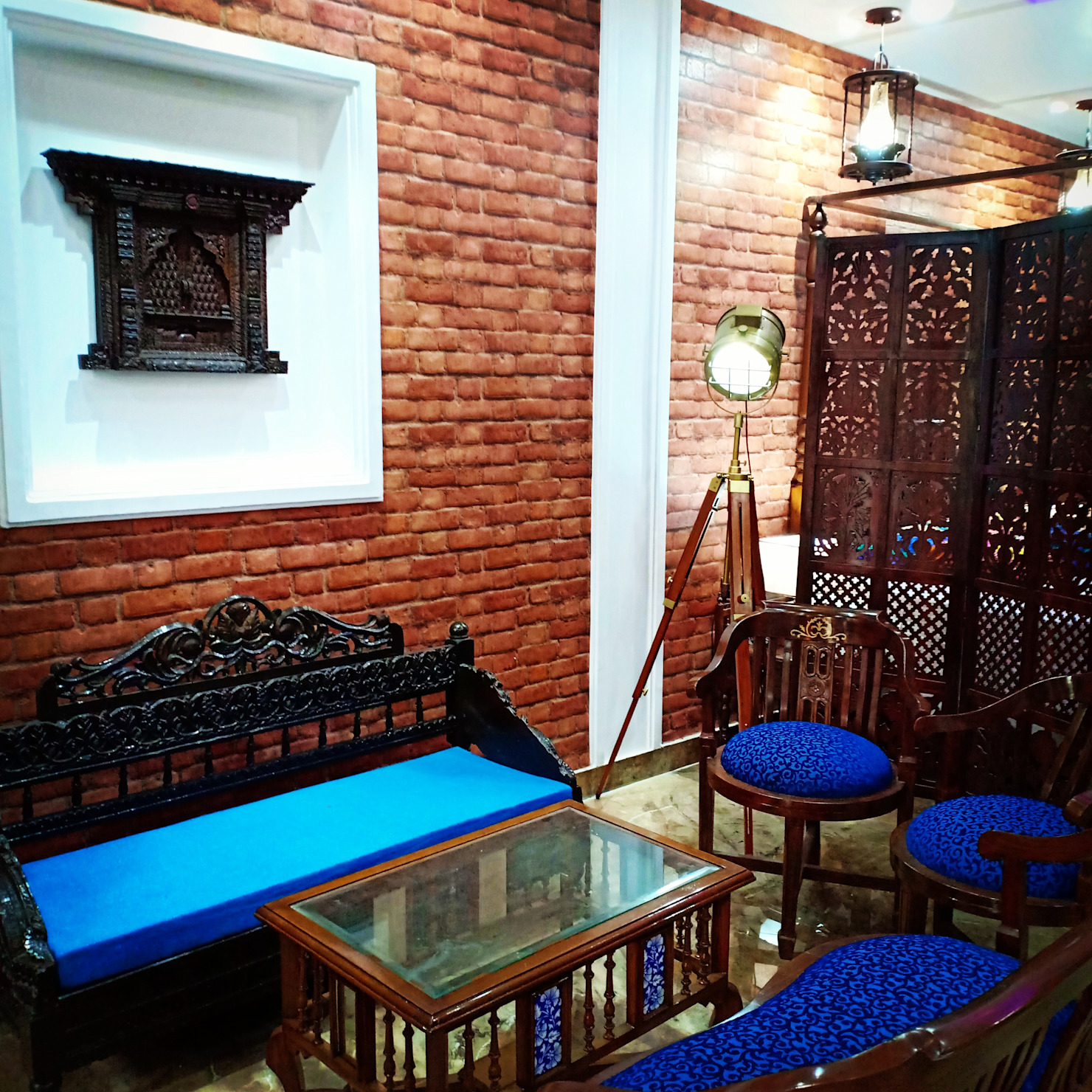 Traditional Design in a Modern Studio Apartment in Gurgaon