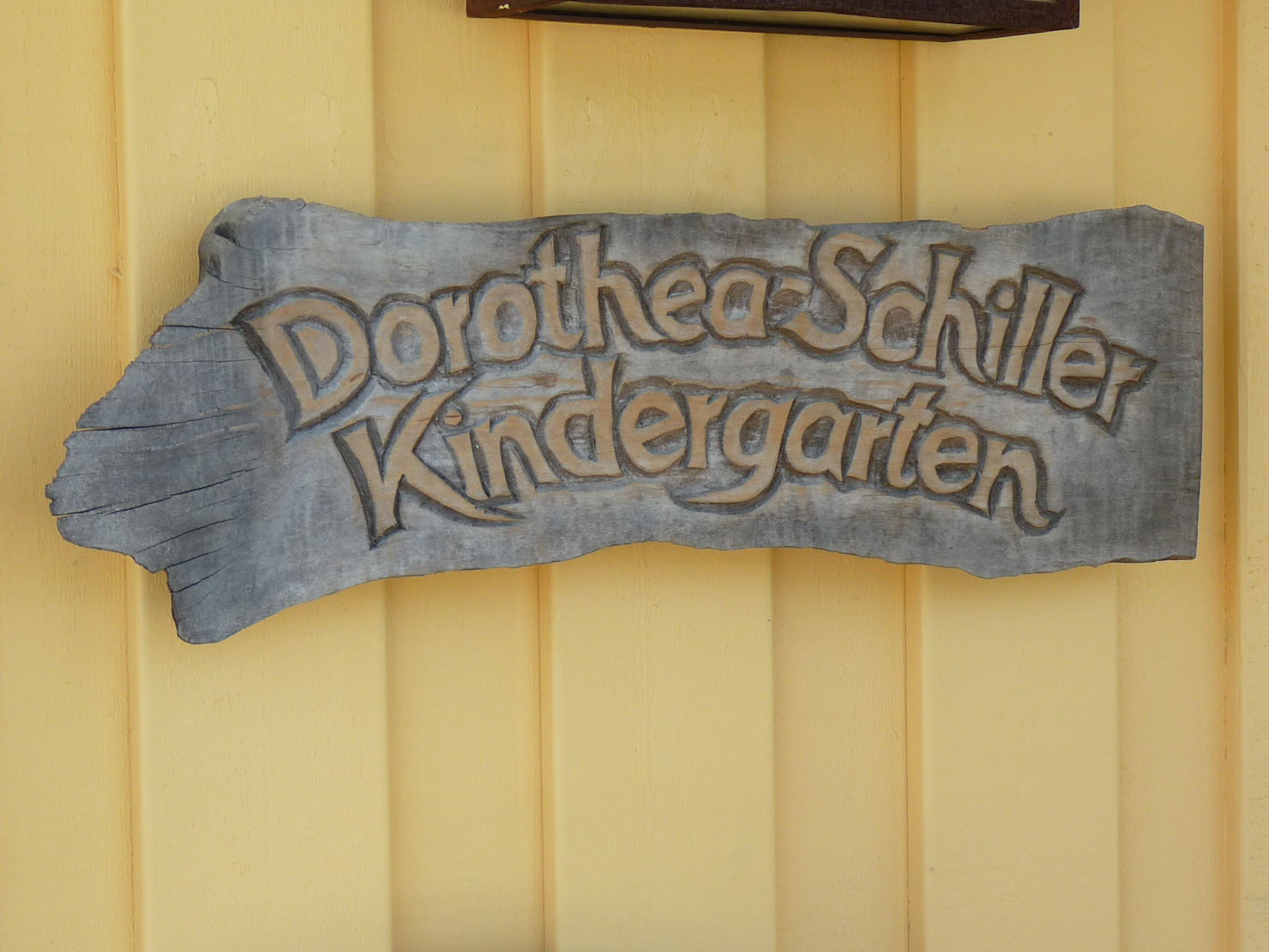 Nachhaltiger Kindergarten im skandinavischen Stil