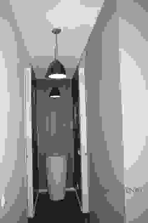 Penthouse Moderner Flur, Diele & Treppenhaus von homify Modern