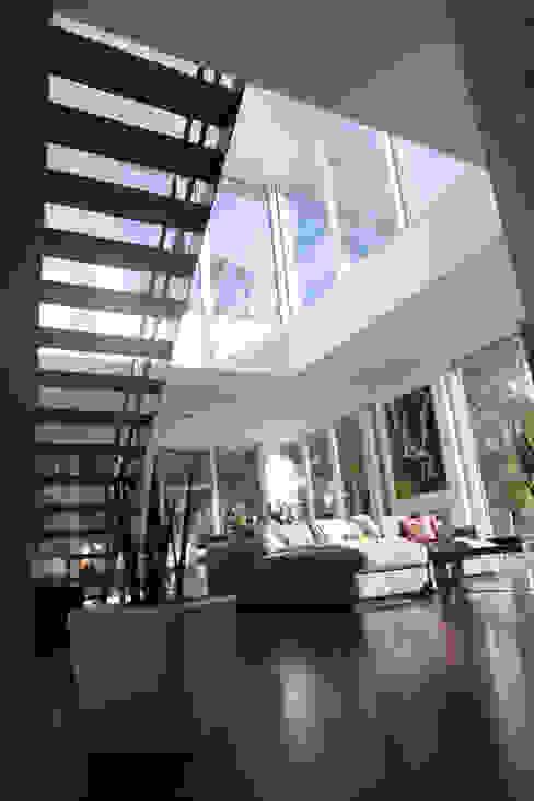 Salones de estilo moderno de Hellmers P2 | Architektur & Projekte Moderno